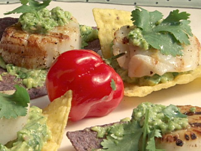 Grilled Sea Scallops on Tortilla Chips with Avocado Puree and Jalapeno Pesto Recipe : Bobby Flay : Food Network - FoodNetwork.com