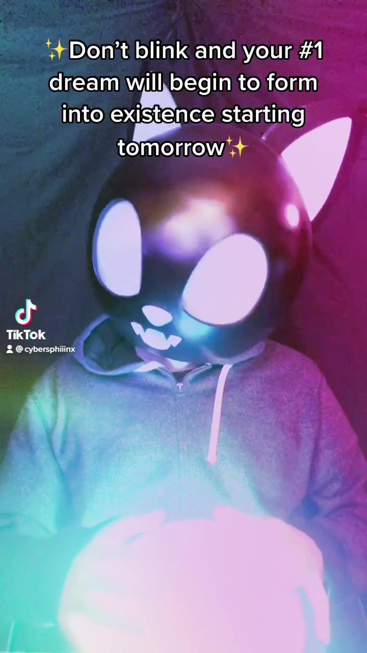 Cybersphiiinx Cybersphiiinx On Tiktok Like Follow Share In 2021 Don T Blink Manifestation Movie Posters