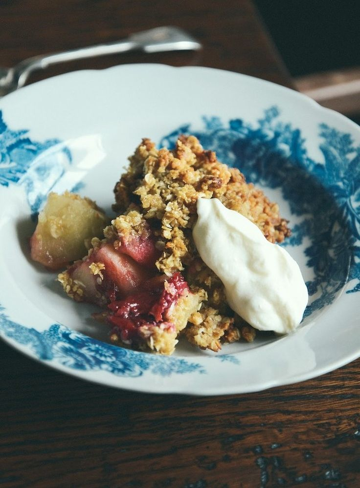 Apple and Plum Anzac Crumble