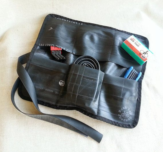 Bike Tool Roll - Bike Accessories - Recycled Bicycle Tube Rubber op Etsy, 21,46 €