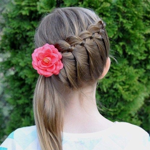 diagonal+braid+and+side+pony+hairstyle+for+girls