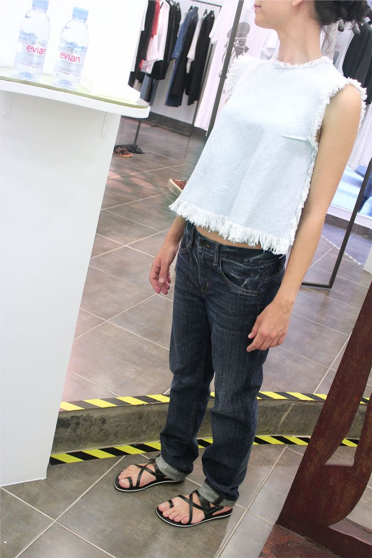 We continue with our discounts up to 50%. SS16 top by Alexander Wang and Helmut Lang jeans, 30% off. http://arropame.com/en/shop/helmut-lang-jeans/ #arropame #conceptstore #bilbao #shoponline #shopping   #AlexanderWang #HelmutLang #IrieWash #CurrentElliott #ZoeKarssen #LeborGabala #MotherDenim #fashion #ss16 #sales #descuentos