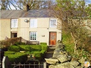 Cottage in Croesor-mountain village in the Snowdonia National Park nr Porthmadog