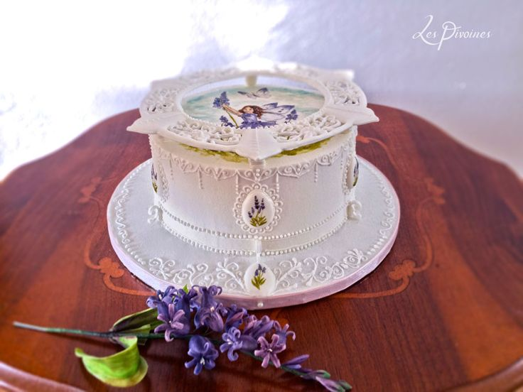 tort alb delicat