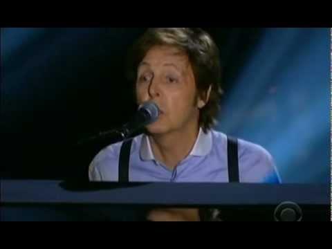 Paul McCartney at the 2012 Grammy Awards - My favorite Beatle!