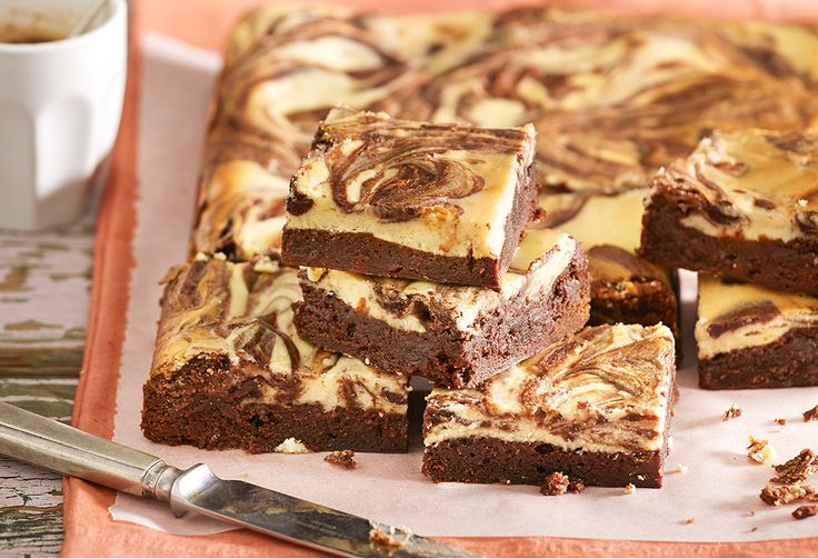 This Nutella chocolate brownie recipe is true decadence! With a cream cheese swirl on top and a centre of Nutella goodness, this brownie tastes and looks good.