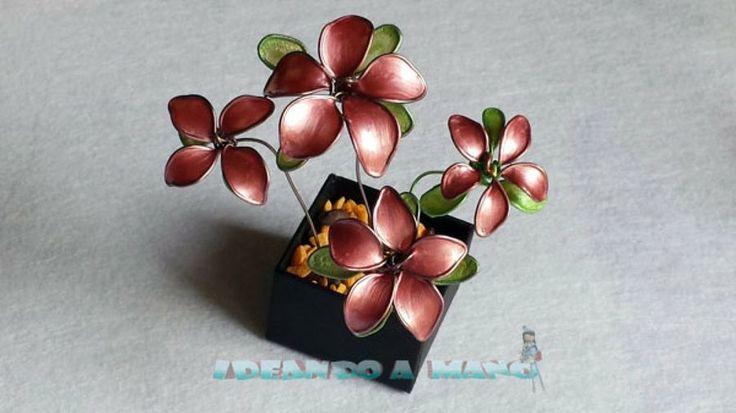 Aprende a hacer flores con alambre y esmalte de uñas