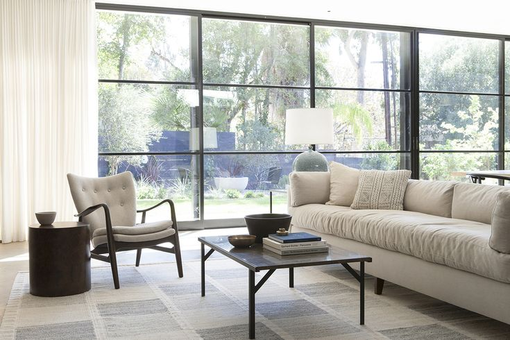 DISC Interiors : Los Angeles Interior Design Firm noted for warm, modern contemporary style. #DISCinteriors