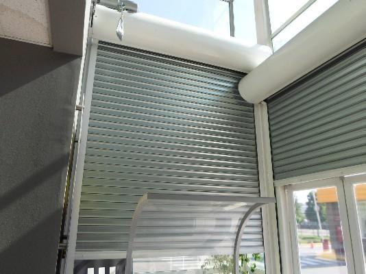 Todos sabemos que para tener verdadera seguridad en un negocio o empresa, en los locales hay que instalar persianas metalicas de seguridad.