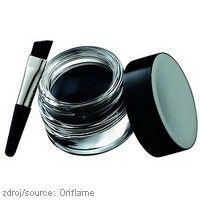 Gelové oční linky #Oriflame #Beauty Studio Artist  Tyto profesionálně vyvinuté oční linky s gelovým složením zajistí skutečně precizní linku. Díky hladké textuře jsou ideální pro zintenzivnění očí. Dlouhotrvající intenzivní odstín s rovnoměrným krytím vydrží až 24 hodin. Se zkoseným štětečkovým aplikátorem pro bezvadnou aplikaci.  www.orif24.cz