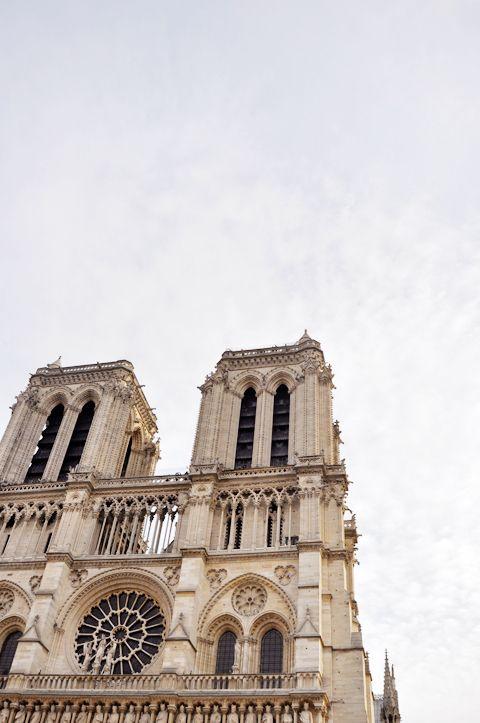 Notre Dame - Paris - so dreamy   lark&linen