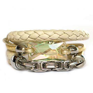 Designerschmuck  Designer Schmuck online bestellen-Wickelarmband aus Nappa-Leder in Cremeweiß geflochten und Antik-Silber mit Swarovski Kristall
