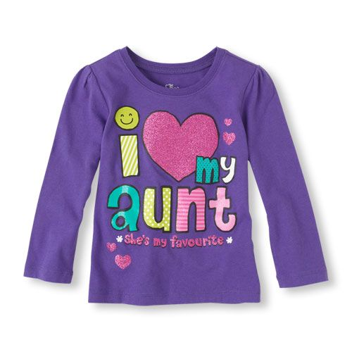 A sweet tee for the girl who loves her aunt!