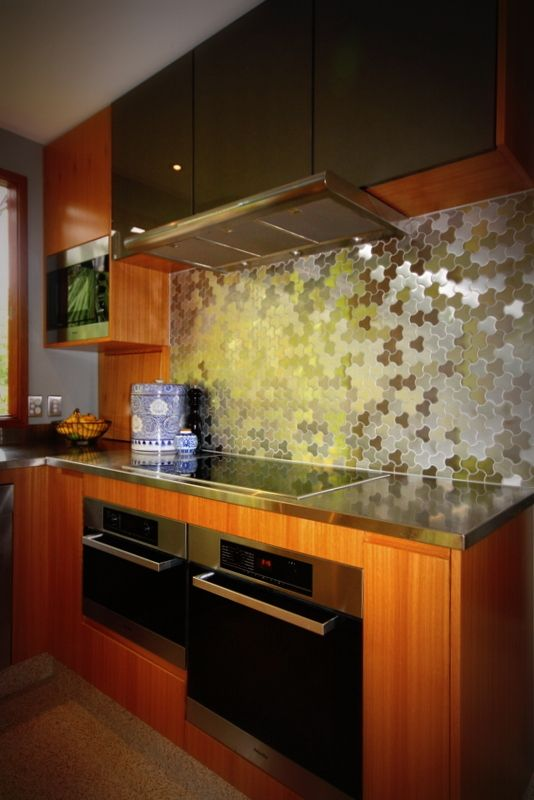 Stainless Steel Spashback Tiles, unique feature tile with opposing brushed grain.