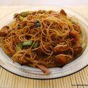 Tohle jídlo jsem si oblíbil při návštěvách asijských restaurací a bister. Je jednoduché, rychlé a chutné