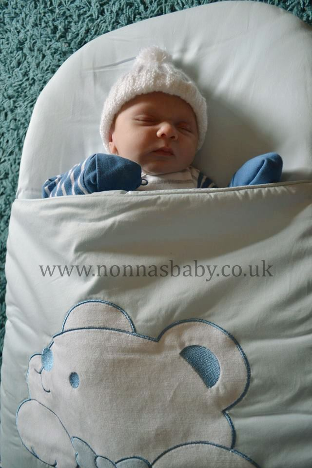 Little Alfie Ray loves his Plushy Paws nap mat. He uses it every night in his Moses basket and mum Kelly told us that he sleeps so well in it. Nonna is delighted! :-)