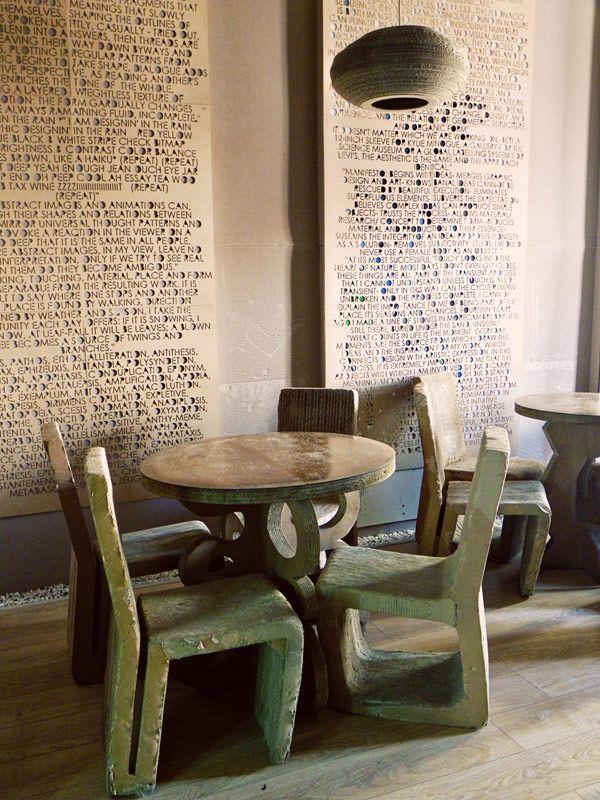 L Atelier Cafe (9) - Cardboard furniture