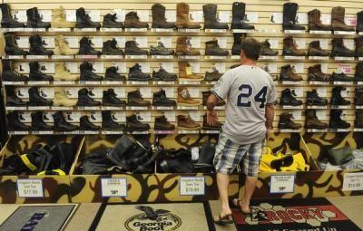 Mobile Web - News - Seven Colorado places to shop for discount outdoor gear