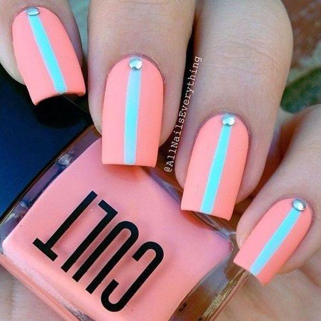 Striped Spring Nail Design | Coral Nails by Makeup Tutorials at http://www.makeuptutorials.com/nail-designs-spring-nail-art
