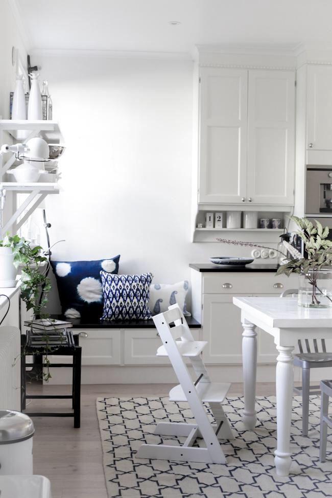 Kök, sittbänk med förvaring