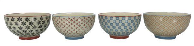 Serveer en presenteer je slaatjes, bijgerechten of sauzen in deze kleurrijke kommetjes (13,5 cm) van Stoneware Selected.