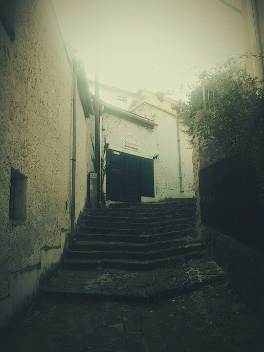 #street #ruined #pub #town #restaurant #closed #old
