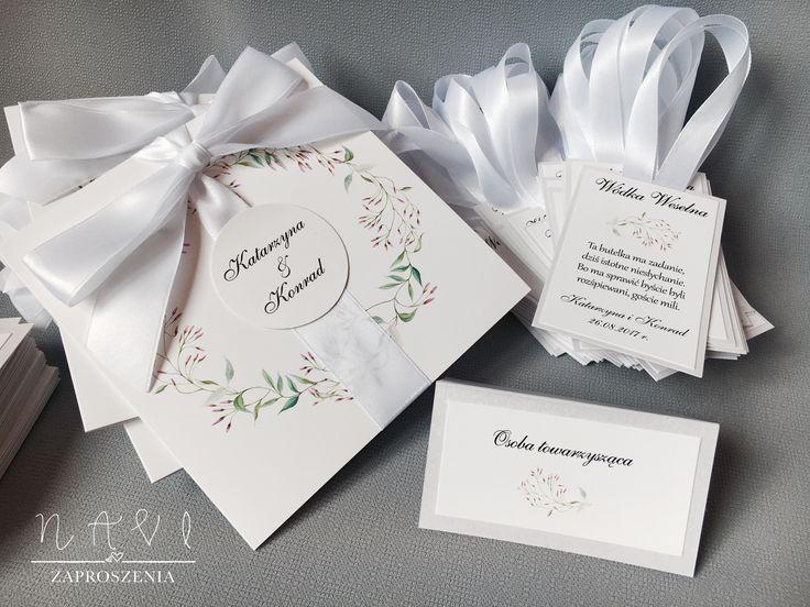 Bielusieńko i delikatnie 🌿#zaproszenia #zaproszenie #rustic #handmade #zaproszeniaslubne #ślub #wesele #wedding #invitation #wianek #wreath #jasmin #slubnaglowie #winietki #zawieszka #przyjecie #wiosna #spring