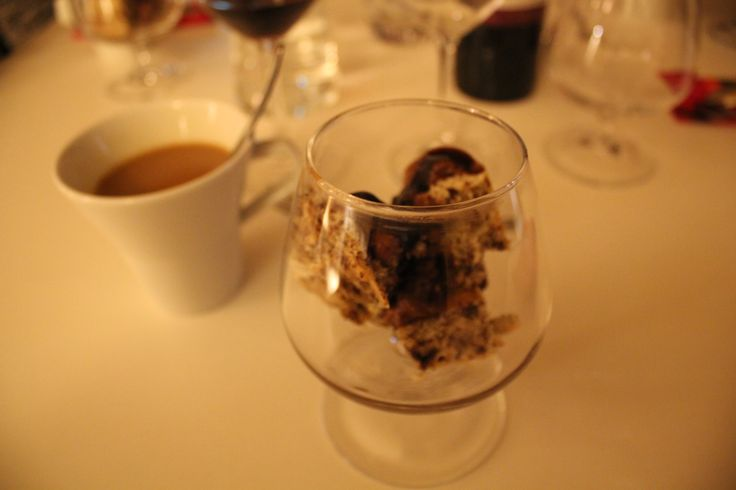 8. ruokalaji, Suklaakakku & Kahvi