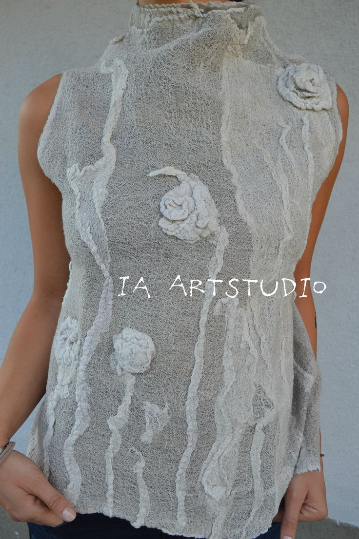 Wearable art by Ia Gulisashvili.