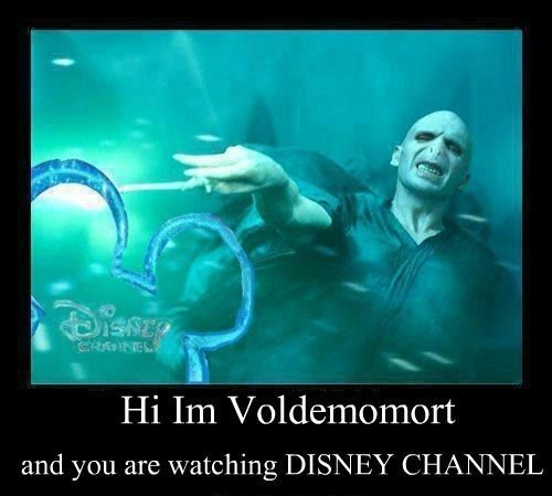 "AAAHAHAHAHAHA ...aaaand I just noticed the two ""mo""s in Voldemort.Laugh, Harrypotter, Voldemort Funny, Lord Voldemort, Harry Potter, So Funny, Disneychannel, Disney Channel, Watches Disney"