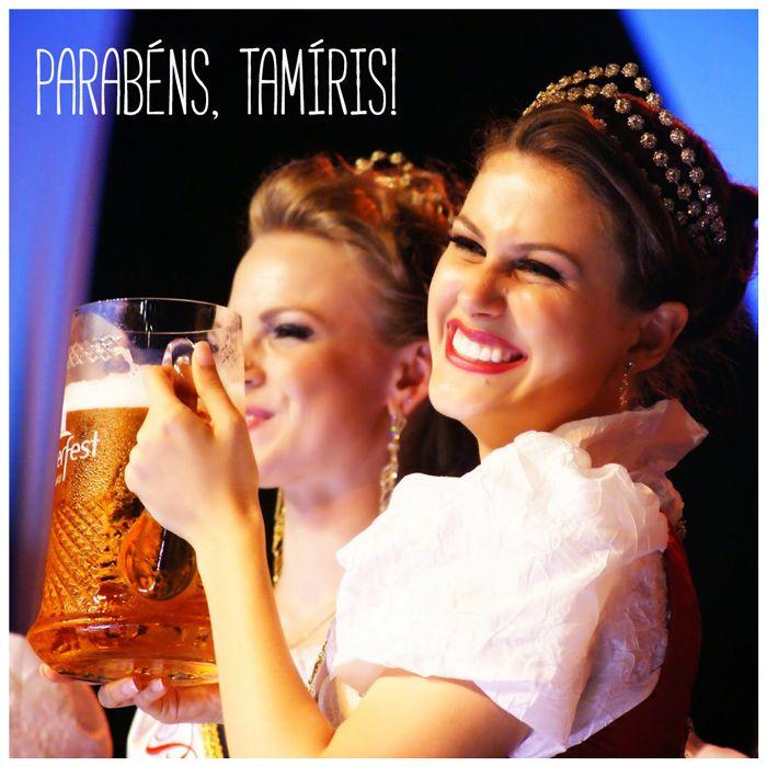 Ein Prosit! Hoje é aniversário da Tamíris, a Rainha da 32ª #Oktoberfest!   Desejamos um ótimo ano, com muitas conquistas, paz e muita Oktober! :)  #Oktober #RainhaOktoberfest #RealezaOktoberfest #OktoberfestBlumenau