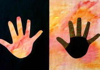Creating Art: Positive/Negative Hands: Positive Neg Hands, Art Spaces, Positiveneg Hands, Art Lessons, Create Art, Projects Ideas, Positiveneg Spaces, Art Projects, Hands Art