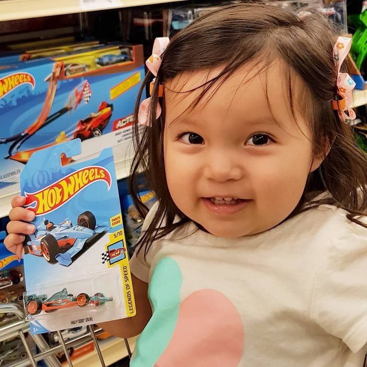 Thanks to my lil sis.. she got me a STH!  #supertreasurehunt #treasurehunt #STH #hotwheelsaustralia #hwc #hw #hotwheelscollectors  #diecast #diecastcars #toys #toycars #diecastcollector #diecastcars #aston_wheels  Follow if you  #F1 (#TeamLH) Follow if you  #CARS Follow if you  #TOYS Follow if you  #LEGO Follow if you  #HOTWHEELS