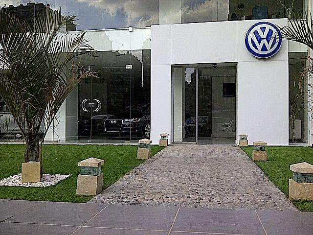 AUTOMICHO VW DEALER EXTERNAL FACADE NASRCITY (2)   by   Better & Partners'  Address : 55 Shehab St. Mohandessin, Gîza, Egypt, 123456 Phone : + 20 2 3303 7199  e-mail: info@betterandpartners.net