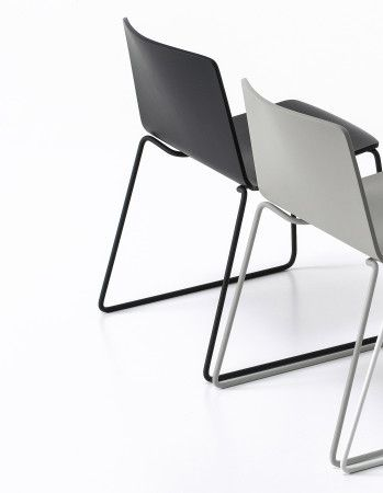 Chair for contract furnishing spaces
