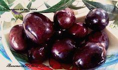 Miei carissimi lettori, oggi voglio condividere con Voi uno dei metodi di conservazione delle olive nere. Le conservo anche sia sott'olio, che cotte a bagn