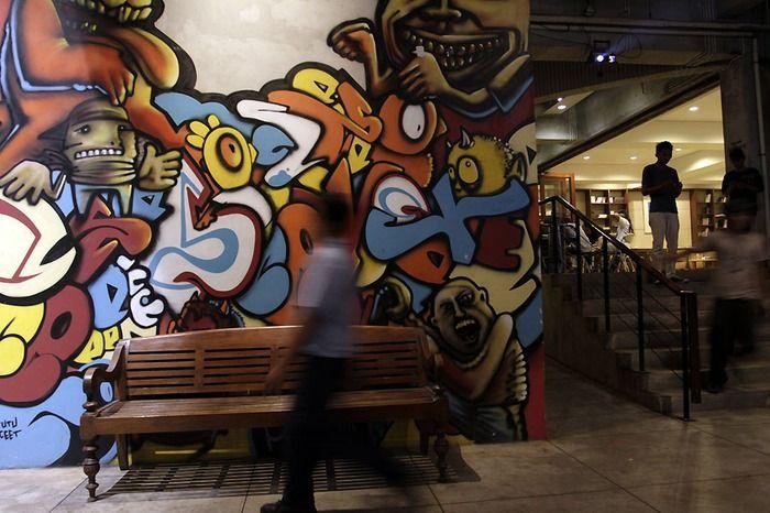 Mural art work in Salihara Gallery. Photo by Toto Santiko Budi via The Jakarta Post Travel.