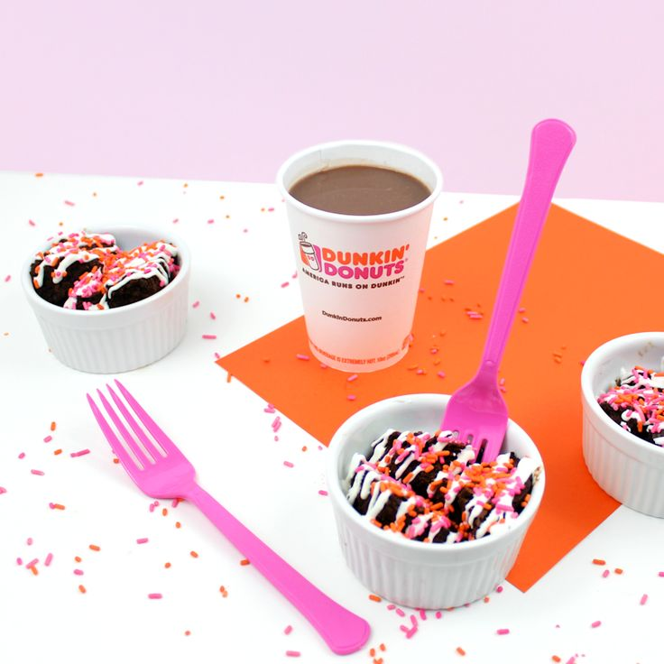 Dunkin donuts hot chocolate brownies lines across hot
