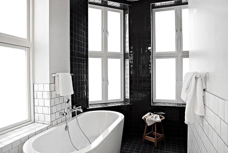 25 beste idee235n over zwart wit badkamers op pinterest
