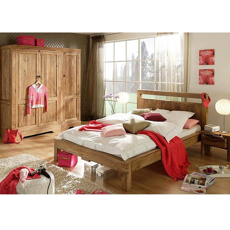 Simplistic King Size Bed