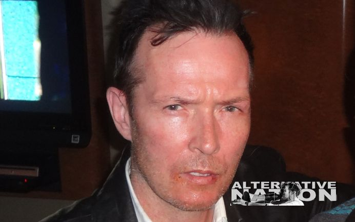 Unreleased Photos & Audio From Scott Weiland's Tour Bus