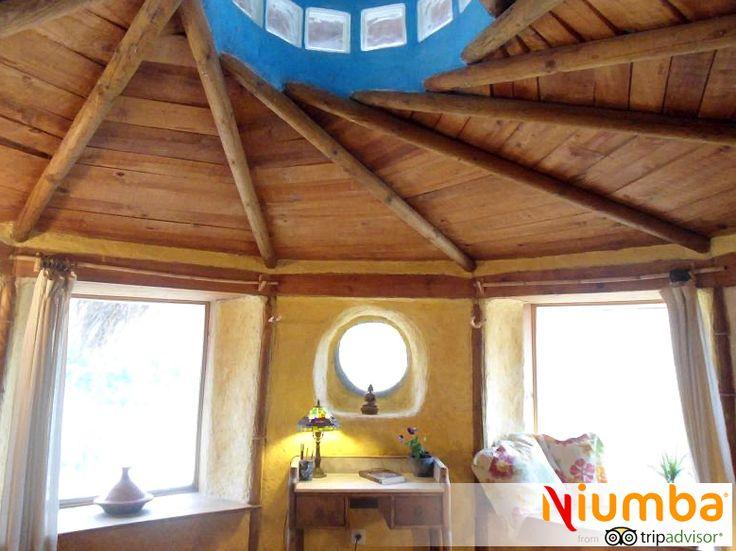 Monachil granada de planta redonda y con ventanas for Decoracion casa granada