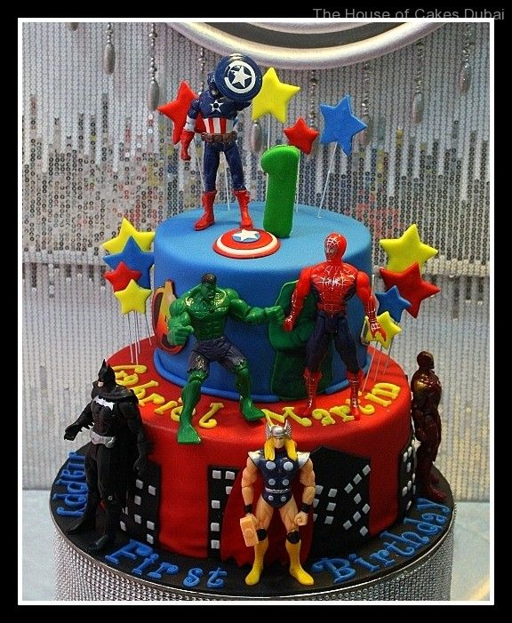 Deco gateau d'anniversaire avengers