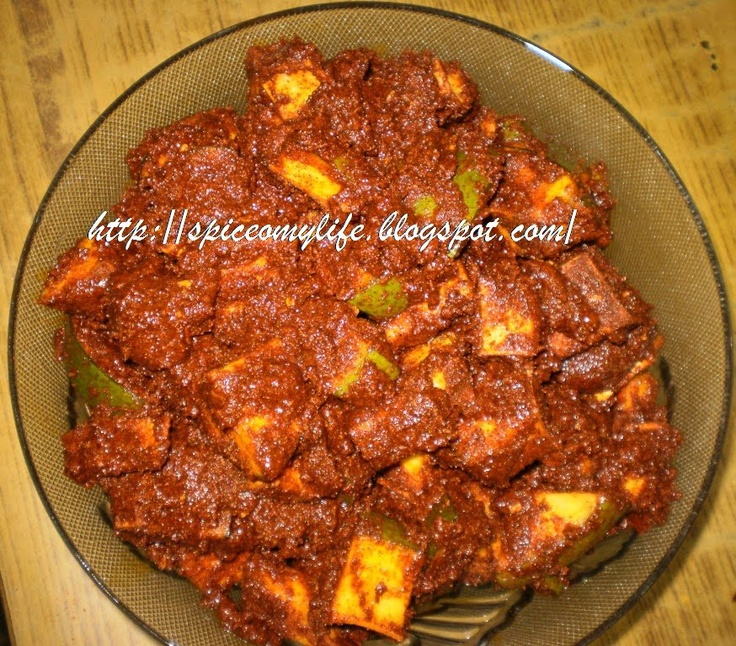Spicy Mango Pickle Recipe from Andhra Pradesh, India