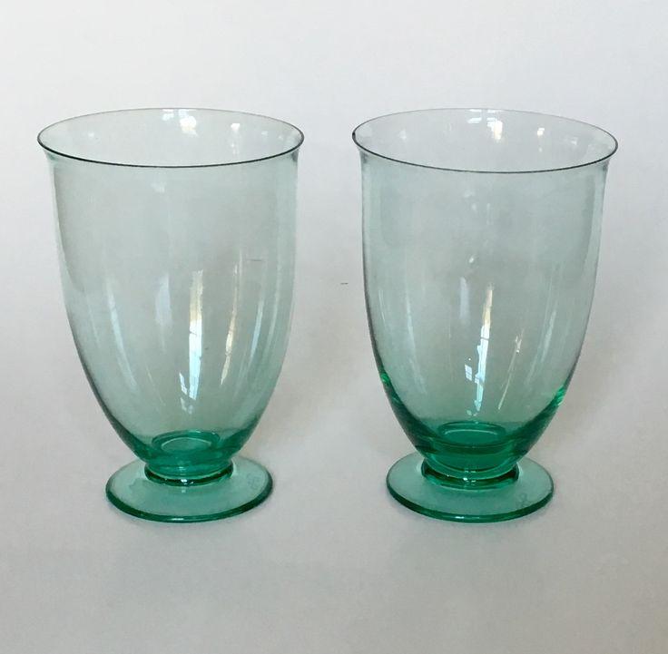 Ovata glasses design H.P. Berlage in 1928 executed by Glassfactory Leerdam. Dutch Nieuwe Kunst.