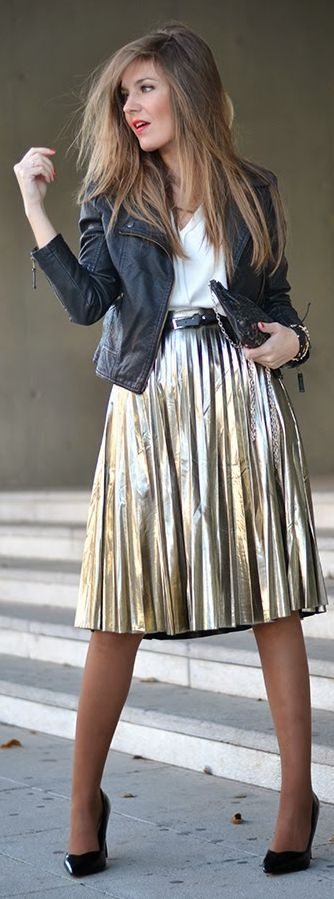 Gold metallic pleated midi skirt + white top + black leather jacket + black heels