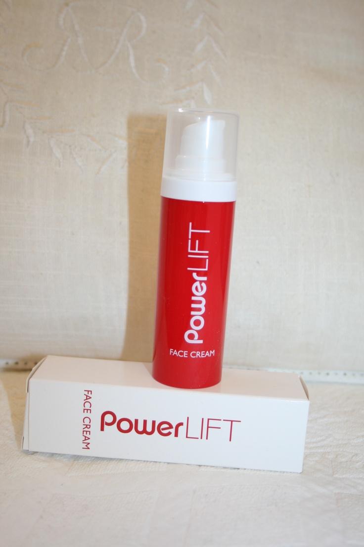 PowerLift  http://sussili.blogspot.se/2013/04/powerlift-och-ansiktsmassage-rynkor.html