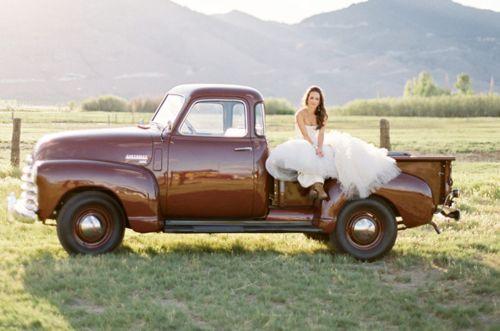 field: Chevy Wedding, Wedding Ideas, Country Wedding, Wedding Photoshoots, Trucks Color, Bride, Wedding Pictures, Body Style