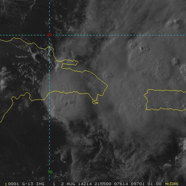 El Centro de la TT #Bertha se localizó al Este de la República Dominicana. Baja su intensidad de vientos a 75 kmh