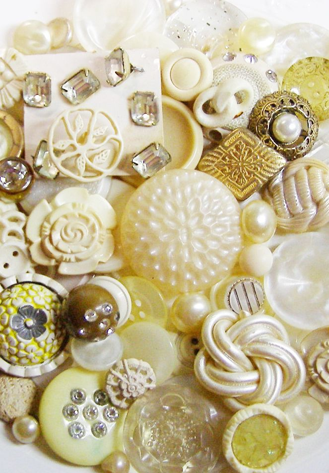 Champagne Cream and White Vintage Buttons